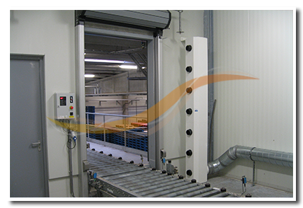 dehumidifying cold storage freezer